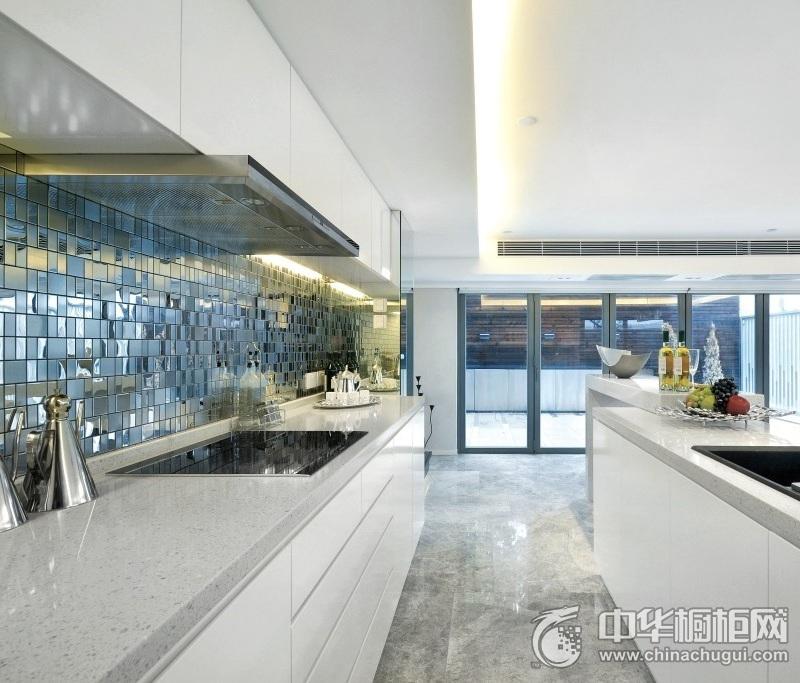 简约风格白色厨房橱柜装修图片