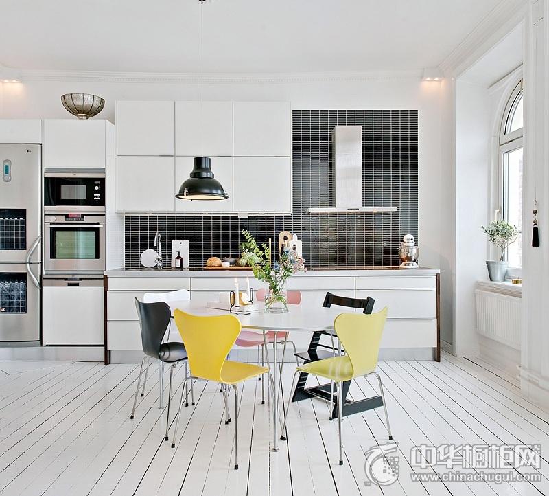 北欧风格整体橱柜效果图 一字型厨房橱柜图片