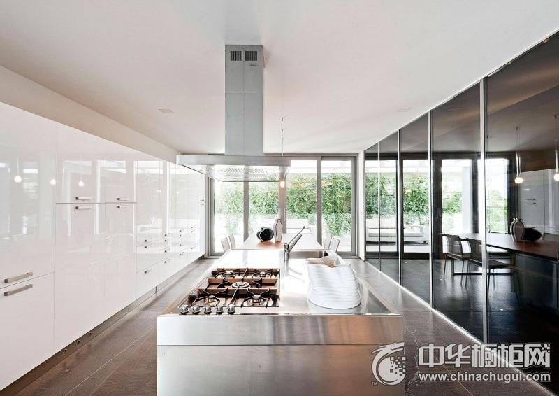 别墅开放式厨房整体橱柜图片 纯白色整体橱柜图片