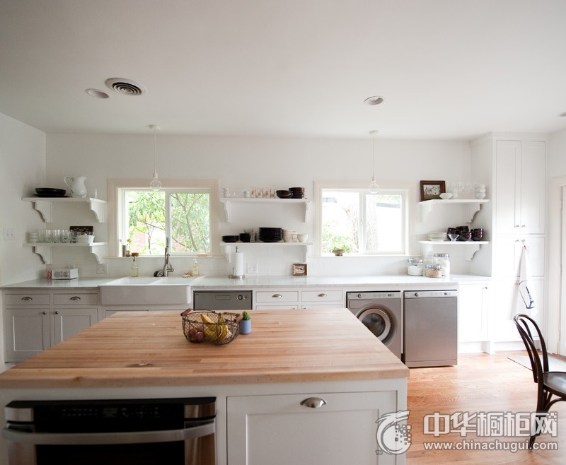 大户型厨房整体橱柜装修图片 整体橱柜装修图片欣赏