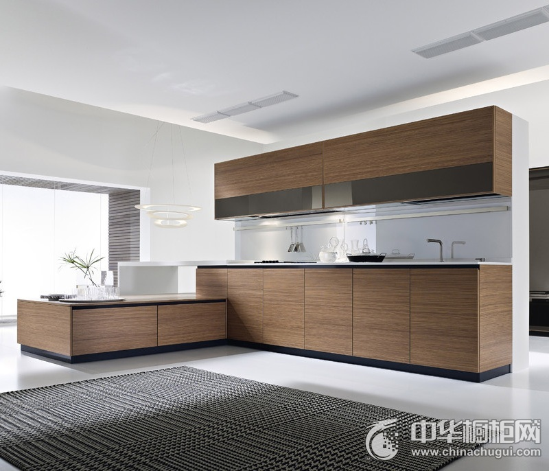 整洁厨房木质橱柜效果图 简约风格一字型橱柜装修效果图