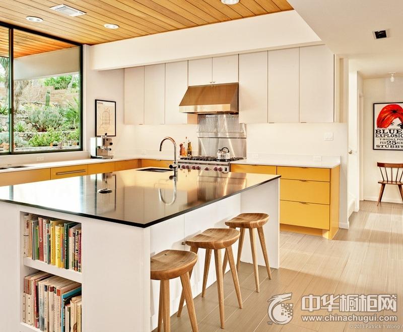 别墅厨房装修效果图 原木色时尚整体橱柜装修效果图