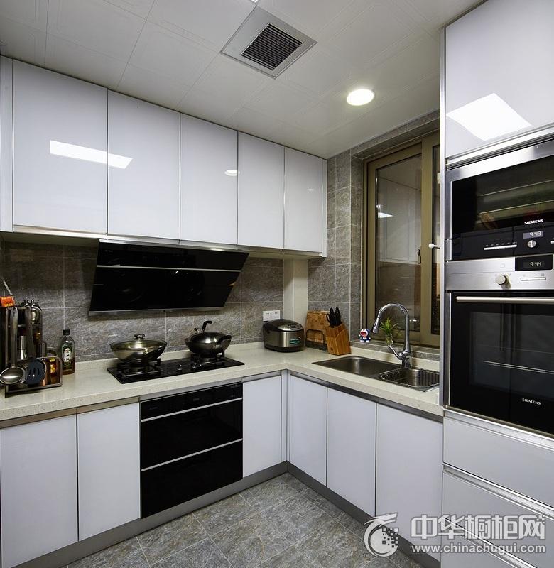 小户型厨房白色烤漆橱柜图片 白色整体橱柜效果图
