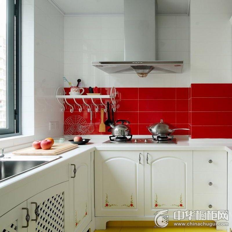 田园风格小户型厨房橱柜装修实景图 白色橱柜图片
