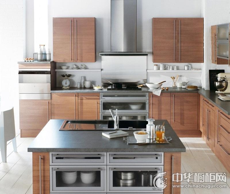 别墅原木色岛型橱柜图片 简约风格厨房橱柜装修实景图