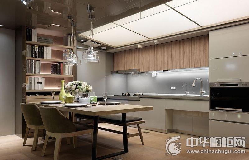 120平公寓厨房烤漆整体橱柜图片 烤漆整体橱柜图片