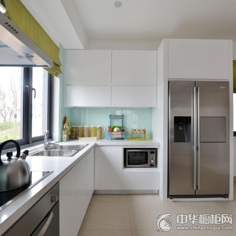 现代风格开放式厨房白色橱柜装修图片 白色烤漆橱柜图片