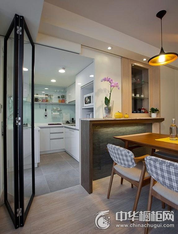 现代小户型厨房橱柜装修效果图 白色整体橱柜效果图