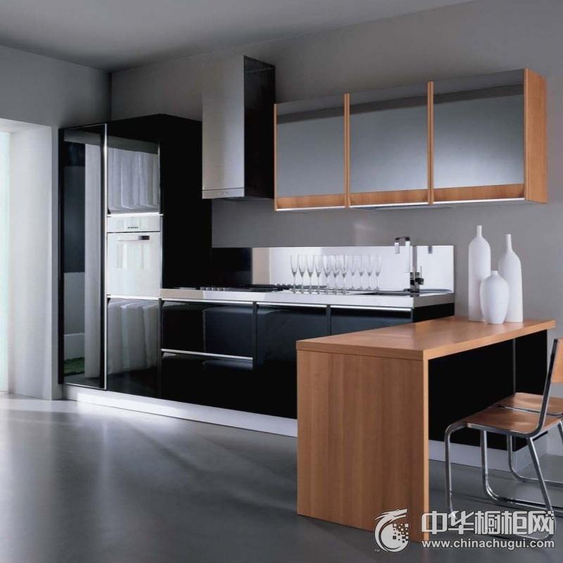 整洁厨房黑色橱柜装修实景图 一字型整体橱柜效果图