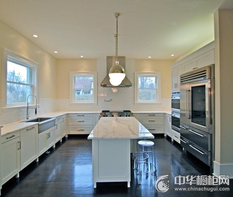 大户型三居室白色厨房橱柜装修实景图 橱柜效果图大全