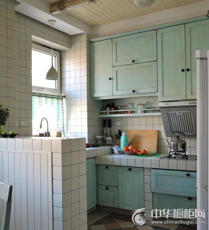 田园风格厨房蓝色橱柜装修实景图 L型橱柜装修效果图