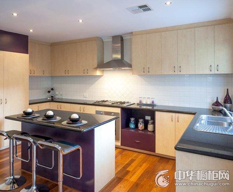 现代简约三居厨房橱柜装修效果图 极简的设计美学