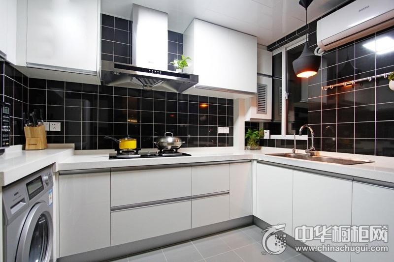 117㎡简约风厨房橱柜装修效果图 白色整体橱柜效果图