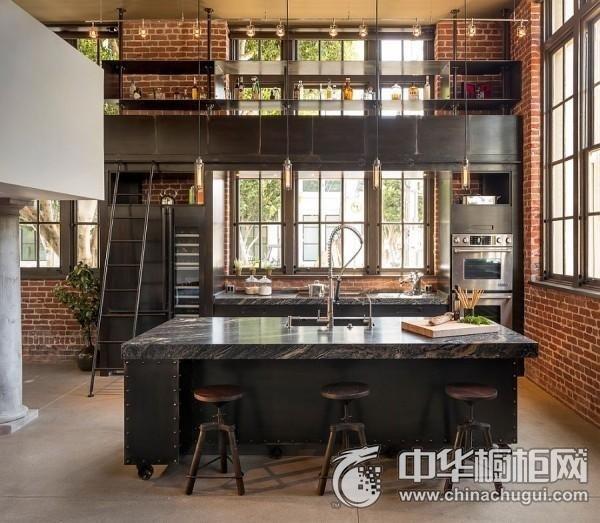 工业风厨房黑色整体橱柜图片 黑色系整体橱柜图片
