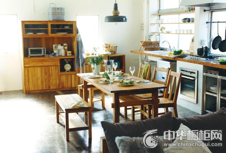 日式厨餐厅整体橱柜效果图 时尚与大方相互映衬