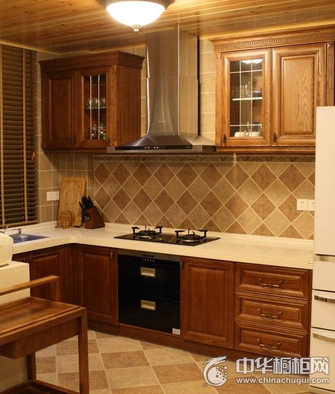 美式风格棕色厨房整体橱柜效果图 小康家庭必备橱柜