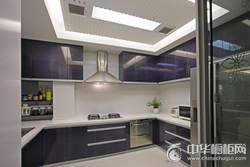 简约风厨房U型橱柜装修效果图 紫色橱柜装修效果图