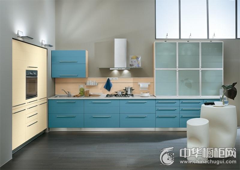 简约风厨房蓝色橱柜装修效果图 一种清新自然之感