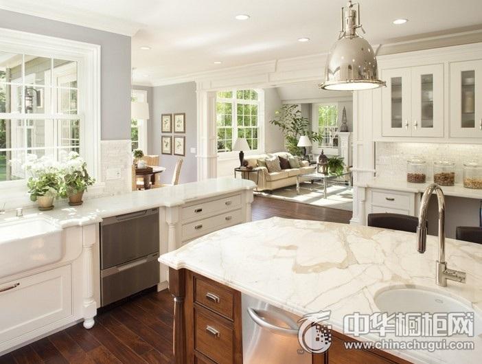 田园风格白色橱柜装修效果图 大户型厨房橱柜装修效果图