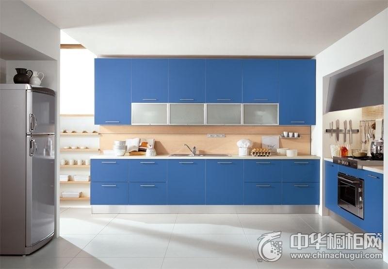 现代简约三居蓝色橱柜装修效果图 简单的开放式厨房格局