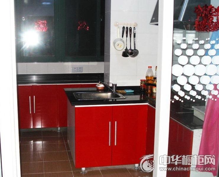 简约风厨房局部红色橱柜装修效果图 成熟而有格调