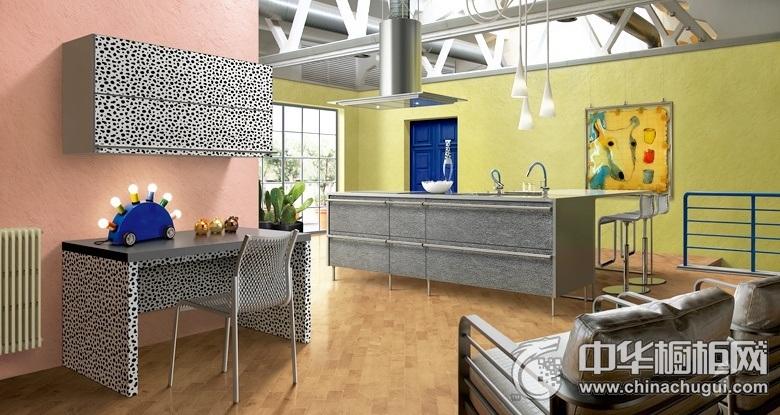 开放式厨房灰色橱柜装修效果图 休闲功能性融为一体