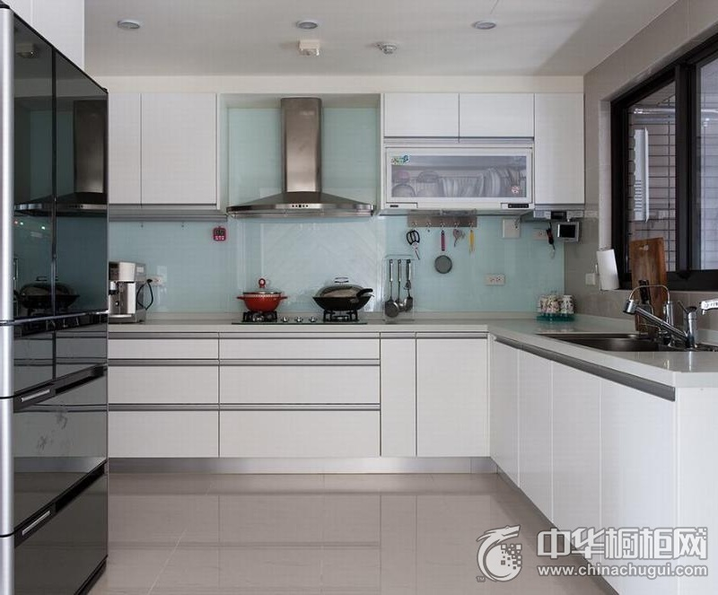 清新风格厨房整体橱柜图片 整体空间搭配合宜