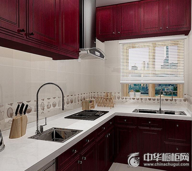 小户型厨房实木整体橱柜装修效果图 独特柜体设计迎合空间需要