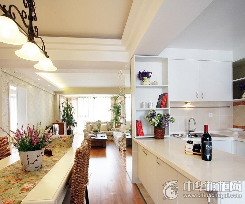 田园风格厨房U型橱柜装修效果图 白色橱柜装修效果图