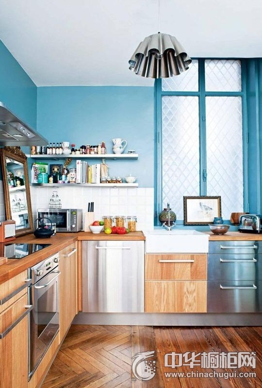 地中海风格厨房整体橱柜效果图 呈现合谐的美感