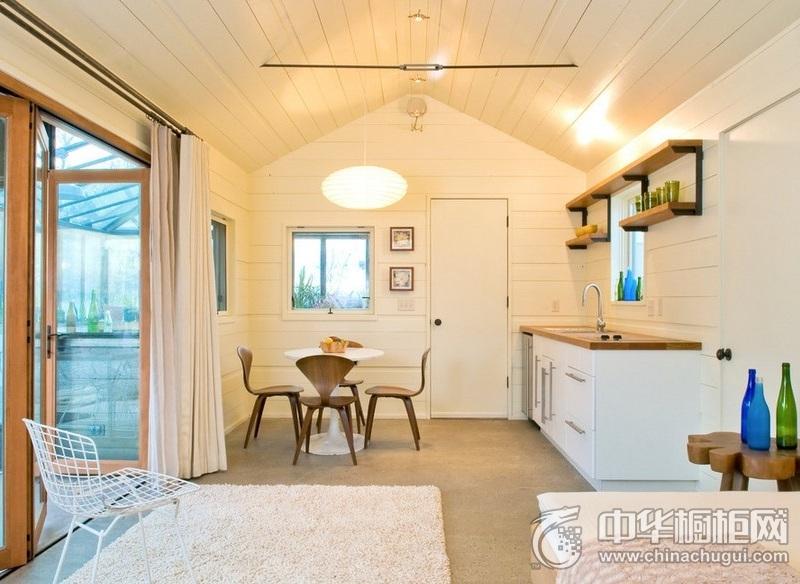 小公寓一字型白色橱柜装修效果图 给人舒心的烹饪体验