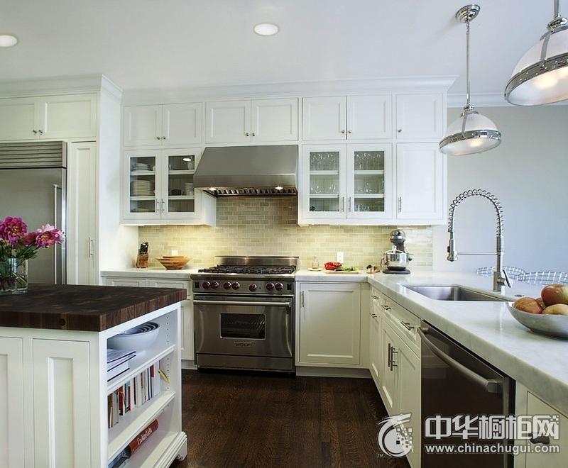 简约风格别墅白色橱柜装修效果图 人体工学简单又方便
