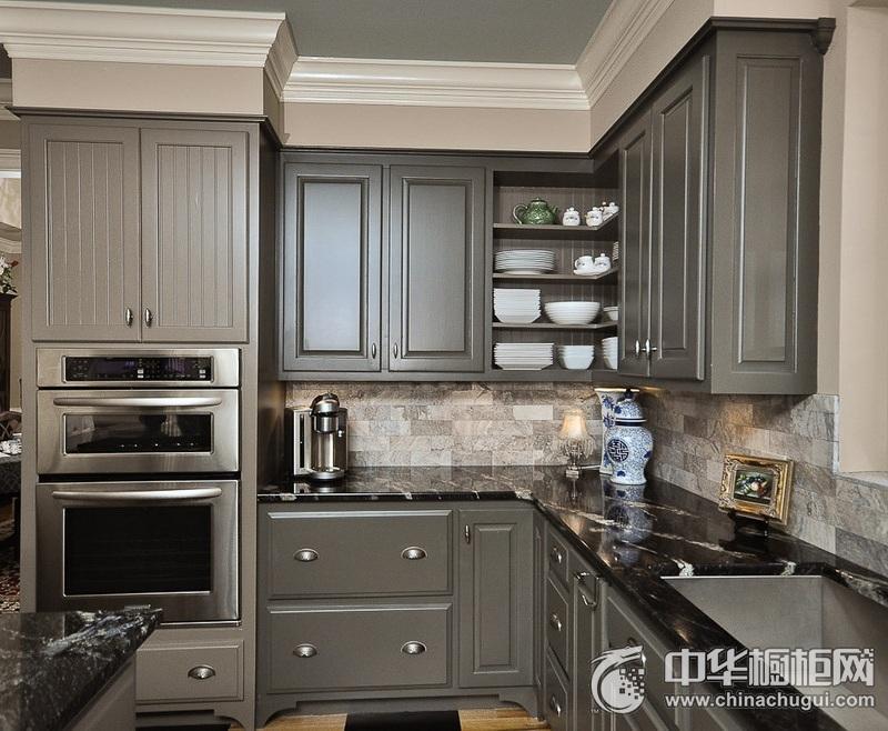 西式古典风厨房灰色橱柜装修效果图 L型整体橱柜效果图