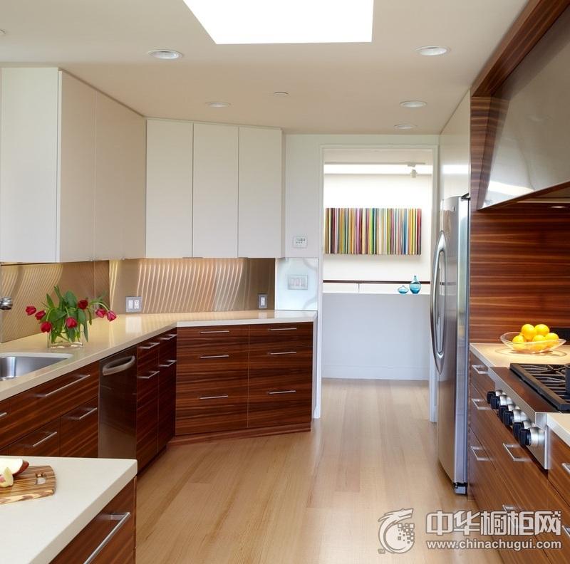厨房天然木纹橱柜设计效果图 轻松烹制爱的盛宴