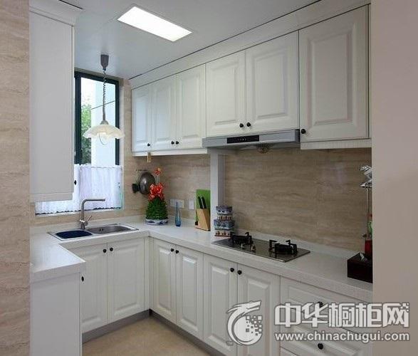 白色小厨房整体橱柜装修效果图 厨房橱柜装修效果图