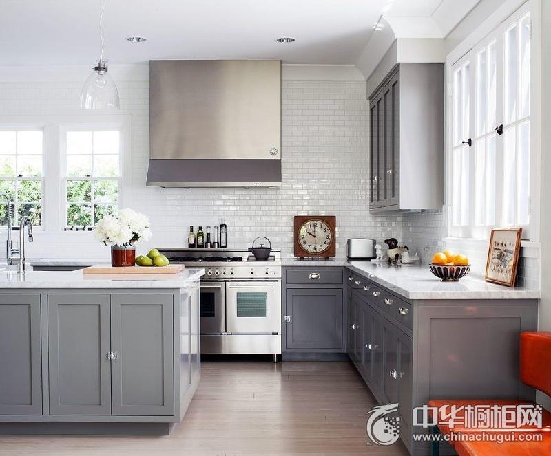 欧式风格厨房灰色系整体橱柜图片 整体橱柜装修实景图