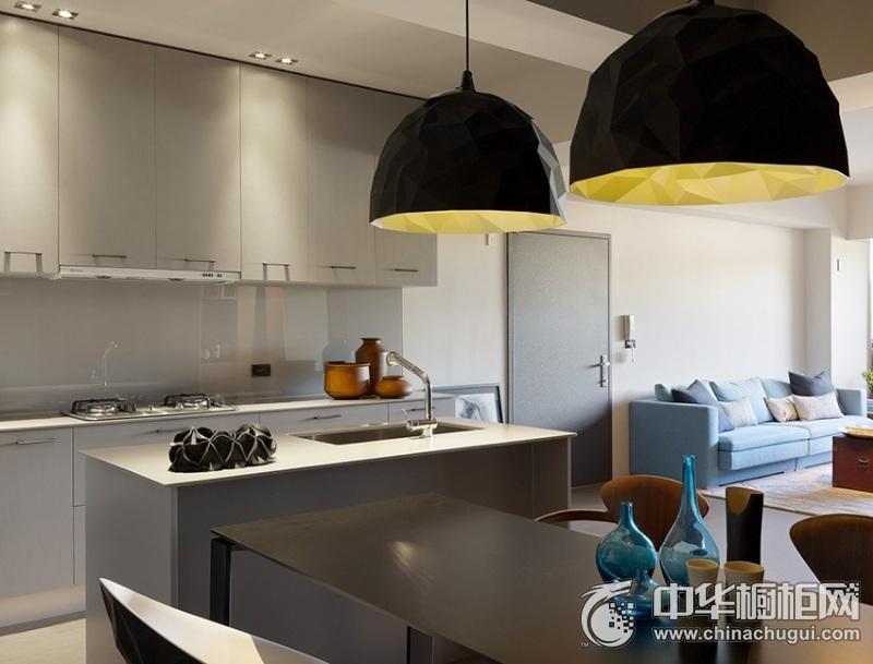 开放式厨房灰色橱柜装修实景图 岛型整体橱柜图片