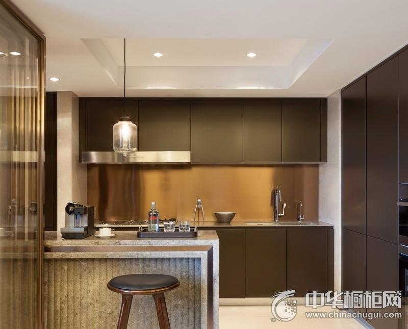 简约风格厨房褐色橱柜装修设计图 沉稳装修实景图