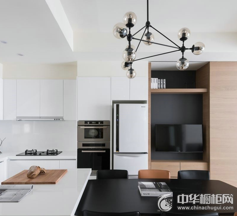 简约风格厨房白色橱柜装修实景图 省时省力勾勒小资情调