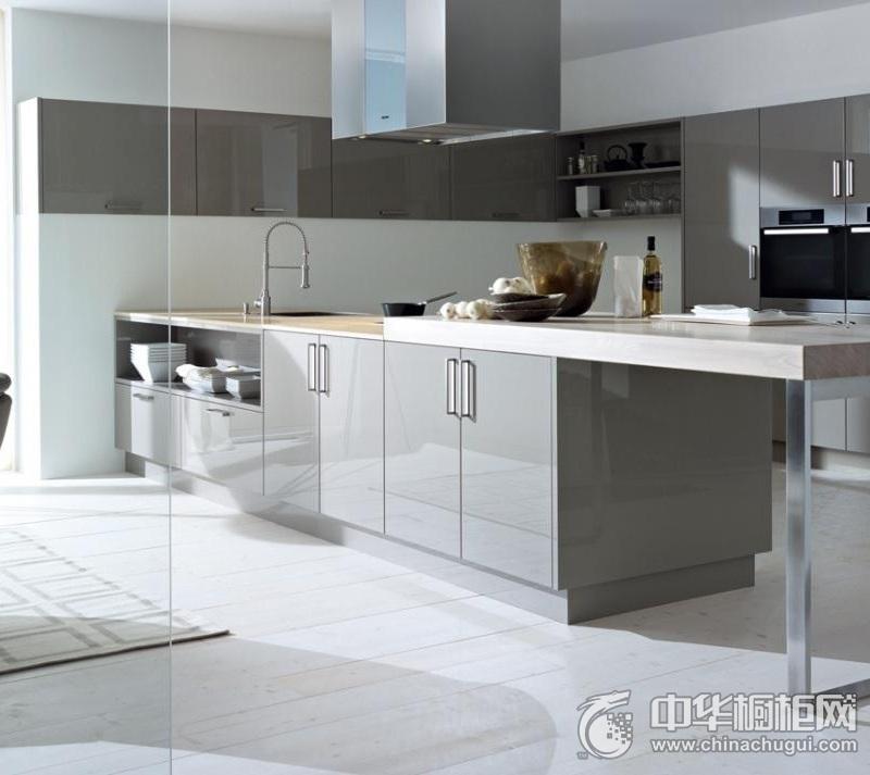 高端厨房灰色岛型橱柜图片 灰色橱柜效果图