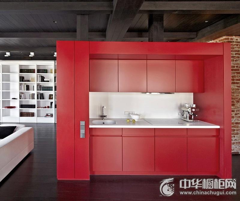厨房时尚红色橱柜装修实景图 整体空间无须刻意修饰