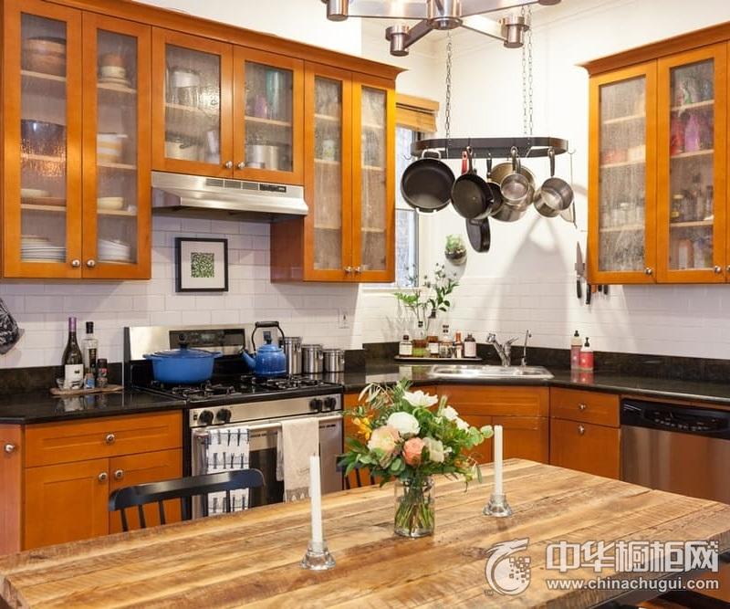 美式风格开放式厨房实木橱柜装修图片 体验自然的舒适