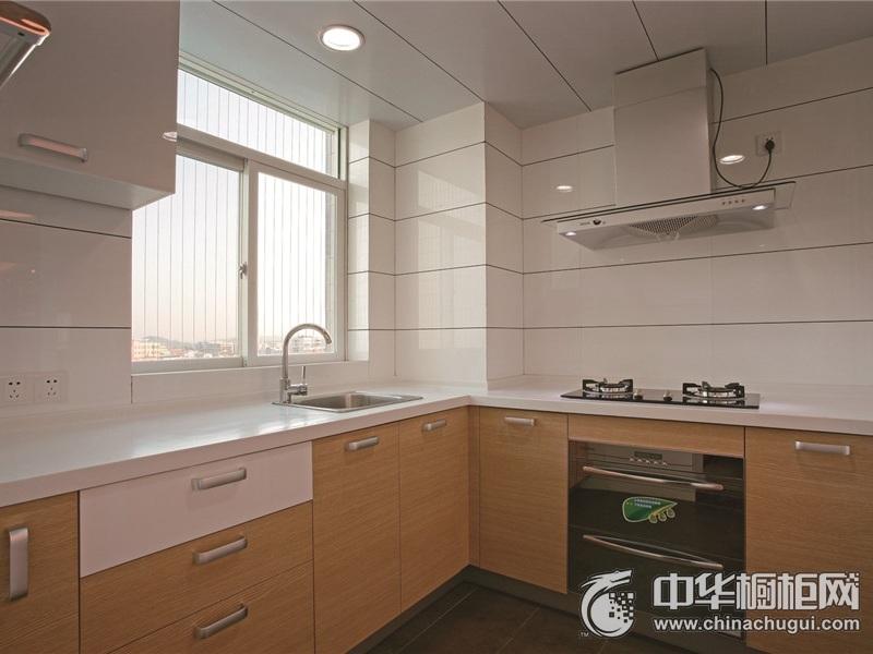 现代简约风格厨房L型整体橱柜装修效果图 明亮疏阔