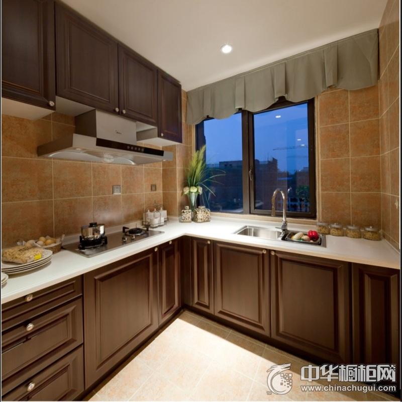 中式风格厨房实木橱柜装修设计图 整体简洁美观