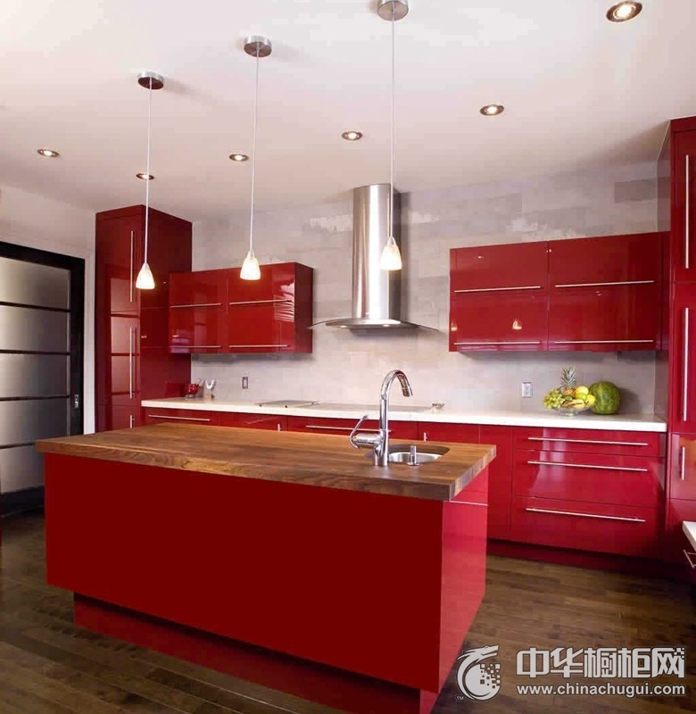 现代风格开放式厨房红色橱柜效果图 烤漆整体橱柜效果图