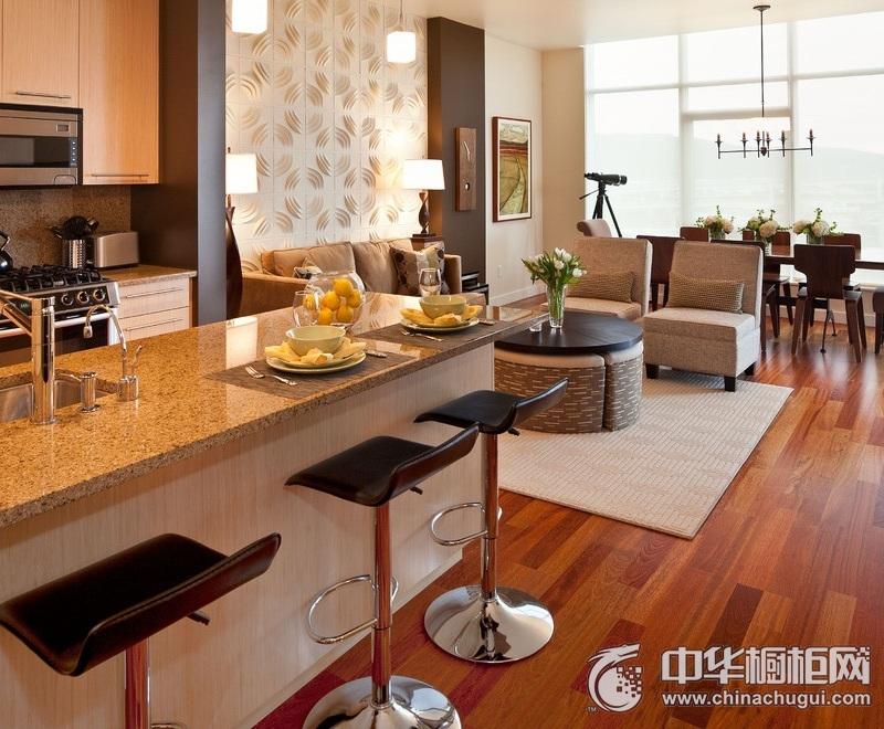 美式休闲风格厨房橱柜装修实景图 岛型整体橱柜图片