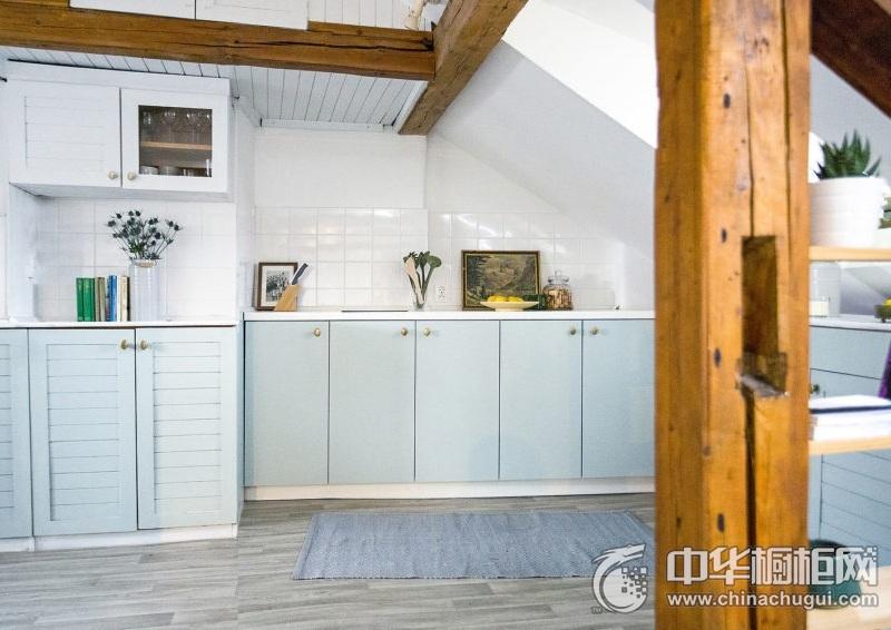 北欧风格清新浅蓝色橱柜图片 一字型整体橱柜图片