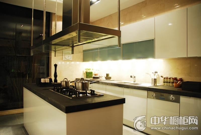 简约风开放式厨房岛型橱柜图片  白色岛型橱柜图片