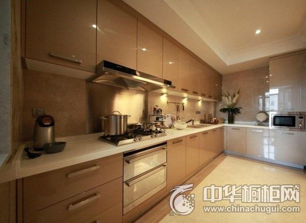 现代风格厨房烤漆橱柜效果图 烤漆橱柜装修效果图