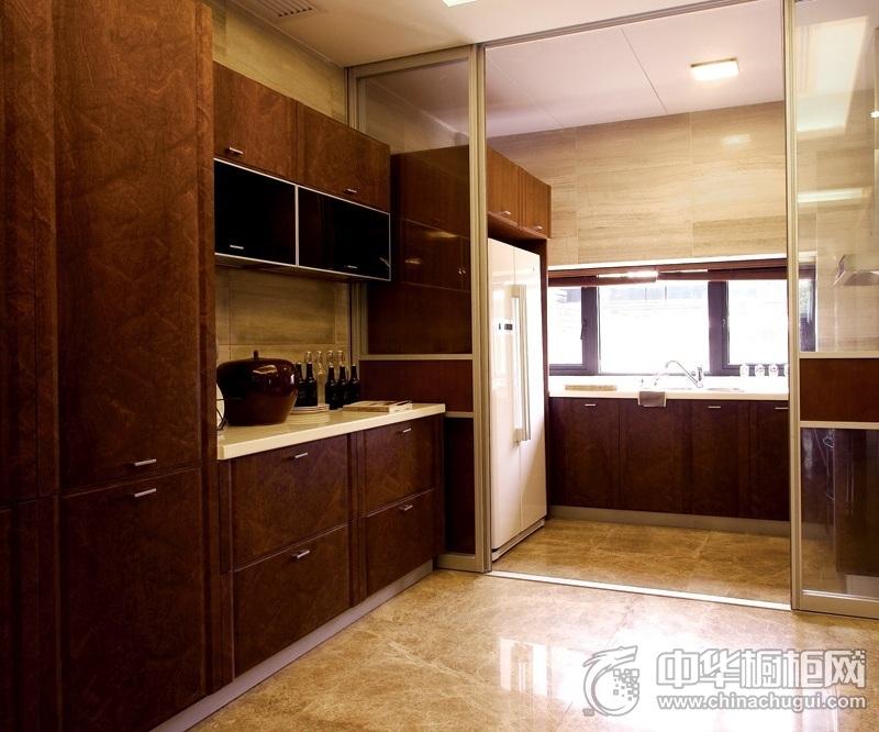 美式风格厨房橱柜装修效果图 实木整体橱柜效果图